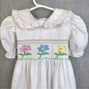 Vintage Girl's Smocked Dress 4T Puffed Sleeves